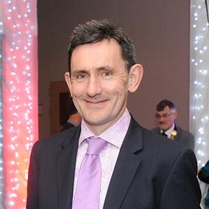 Dr Diarmuid Quinlan