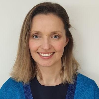 Dr Karen O'Connor